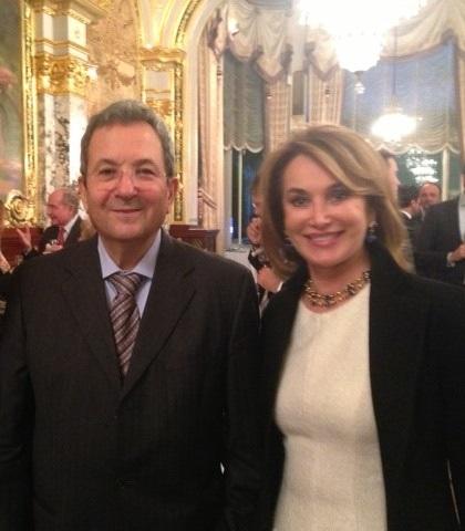 Mme Maria Elena Cuomo avec S.E. Ehud Barak, Premier ministre de l'État d'Israël (1999-2001)