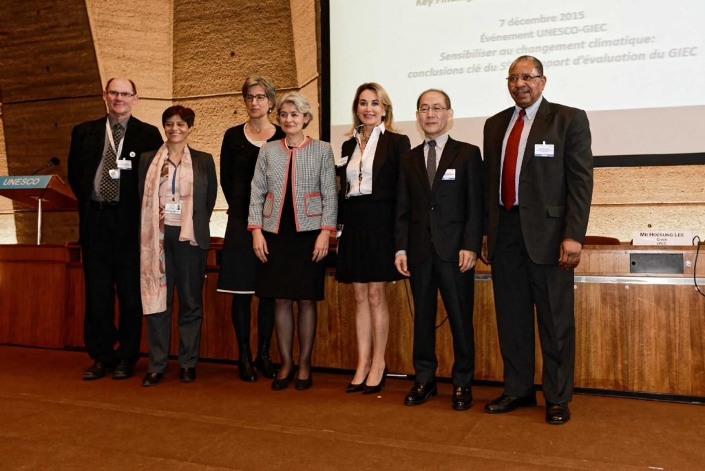 Participation de la Fondation Cuomo au COP 21, Paris, en compagnie, notamment, de Mme Irina Bokova (